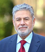 Dr. Julio Aspiazu